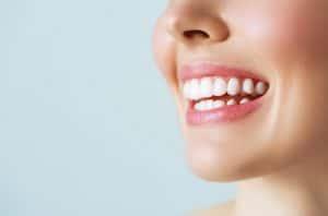 שיקום הפה דרך שתלים דנטליים