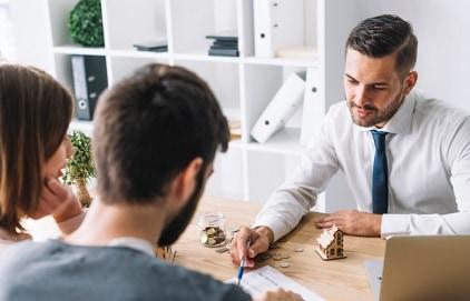 מה חשוב לדעת בבחירת יועץ משכנתא?